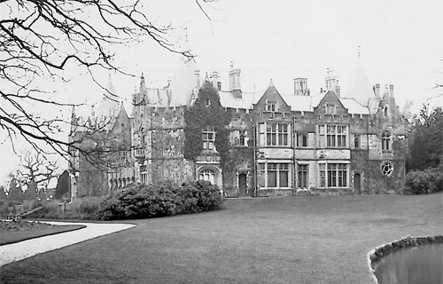 Searles | England's Lost Country Houses